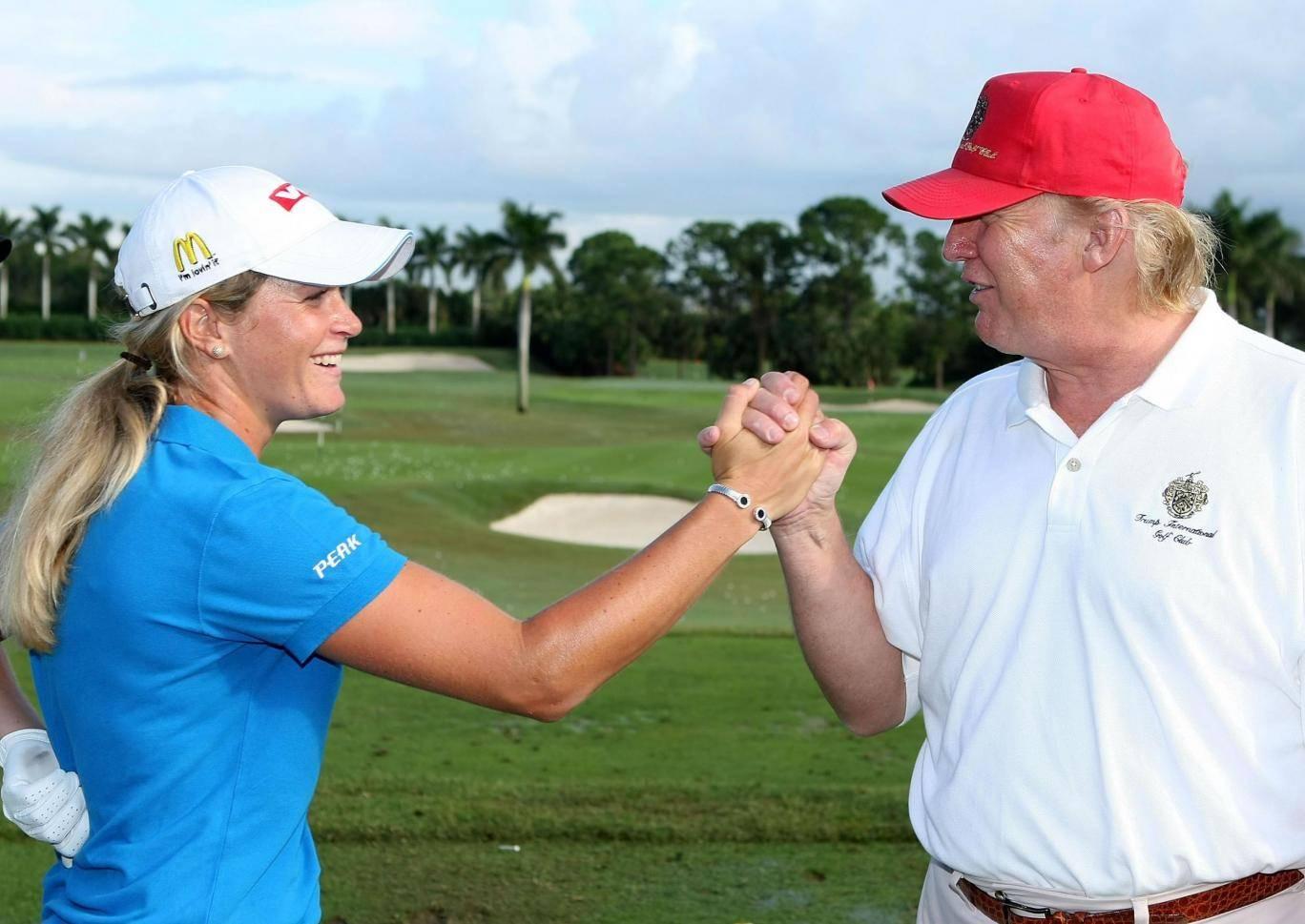 ترامپ در گلف هم جر زنی می کند!