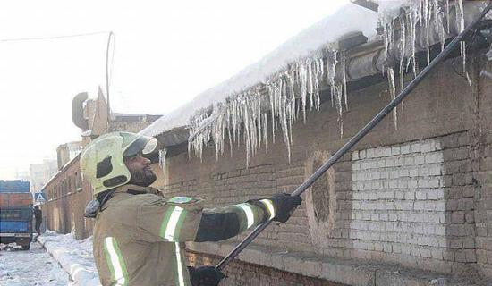 آتشنشانان به جنگ با قندیلها میروند+عکس