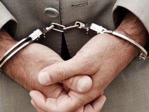 سارق لوازم داخلی خودرو در محله میرزای شیرازی دستگیر شد