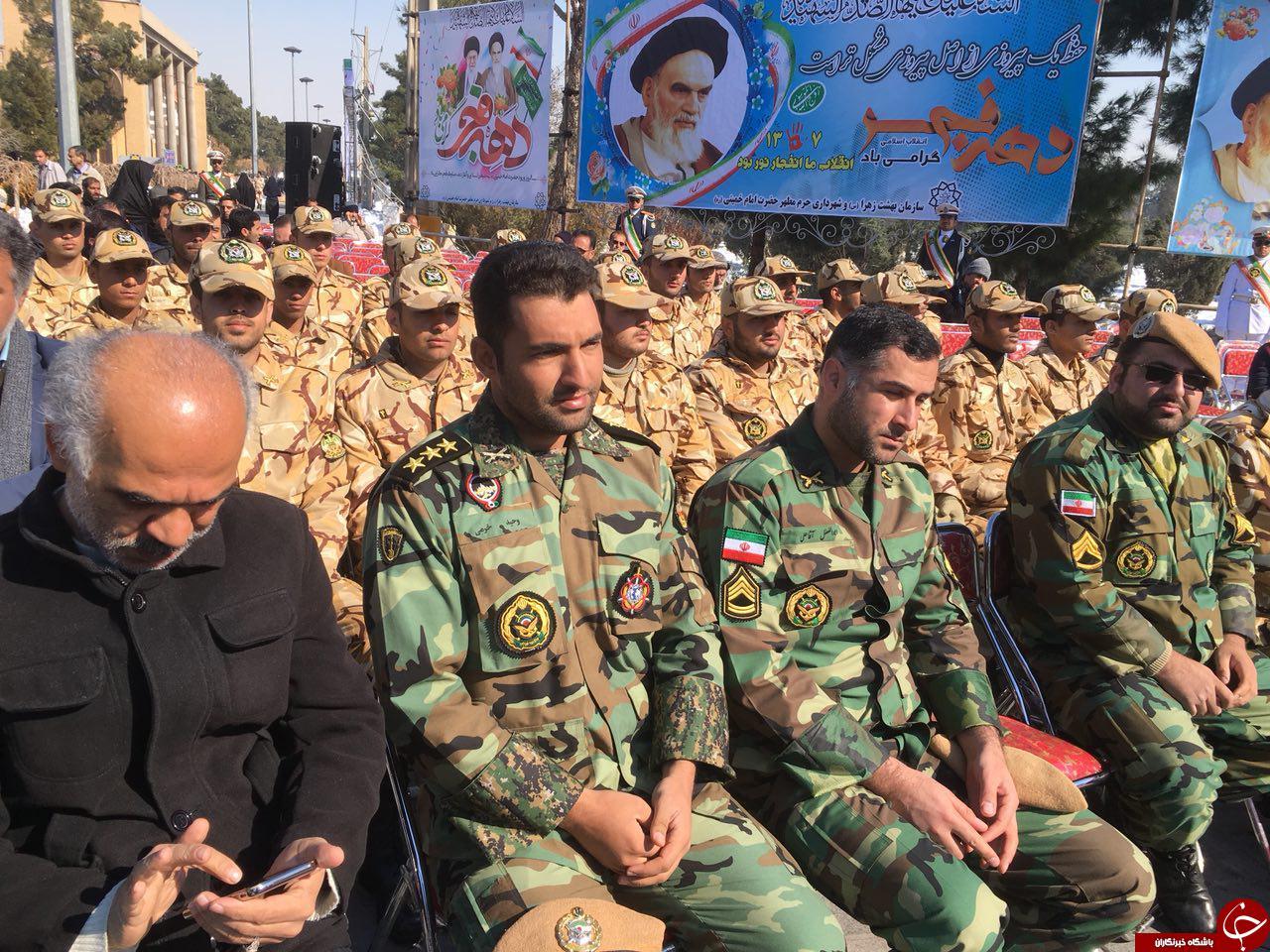 گلباران محل جلوس امام خمینی(ره) در گلزار شهدا + تصاویر