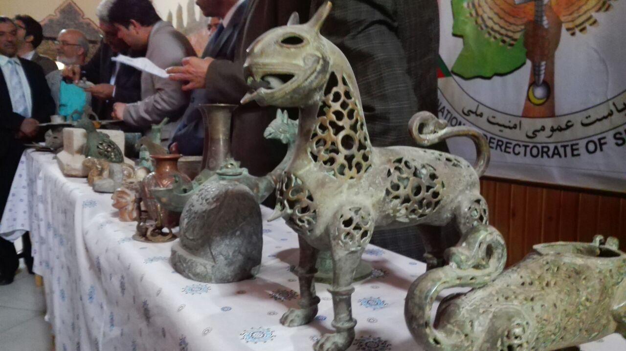 بازداشت ۲ قاچاقچی آثار باستانی در هرات