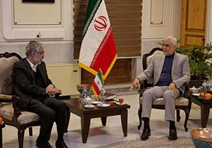 دیدار ریاست فرهنگستان زبان و ادب فارسی با استاندار اصفهان