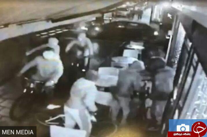 حمله نوجوانان اوباش انگلیسی به یک واگن مترو! فیلم