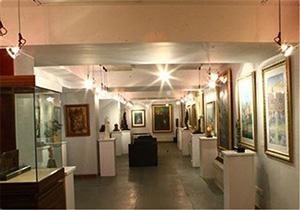 نمایشگاه هنرهای تجسمی فجر در همدان