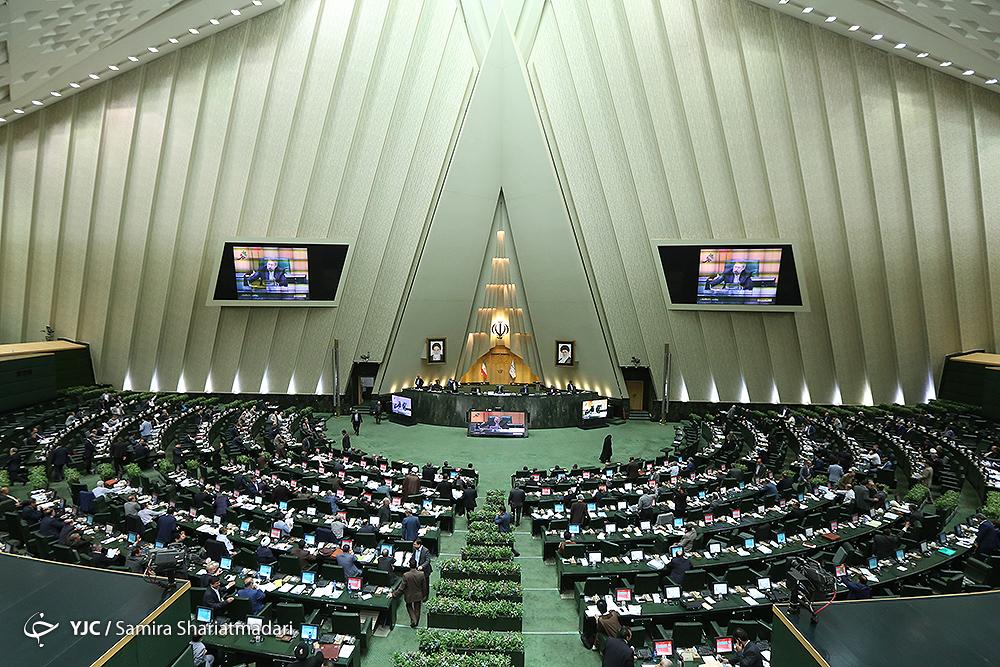 شرکتهای دولتی مجاز به انتشار 7 هزار میلیارد تومان اوراق مالی اسلامی شدند