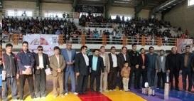 برگزاری مسابقات کشتی جام شهدا به مناسبت دهه مبارک فجر