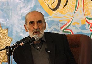 آیا امام خمینی (ره) بازرگان را انتخاب کرد؟ + فیلم