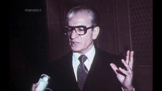 نگاهی به بدترین مصاحبه محمدرضا پهلوی که تواناییهای عقلی او را زیر سوال برد!