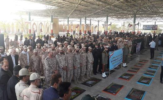باشگاه خبرنگاران -حضور مردم آبادان وخرمشهر در گلزار شهدا
