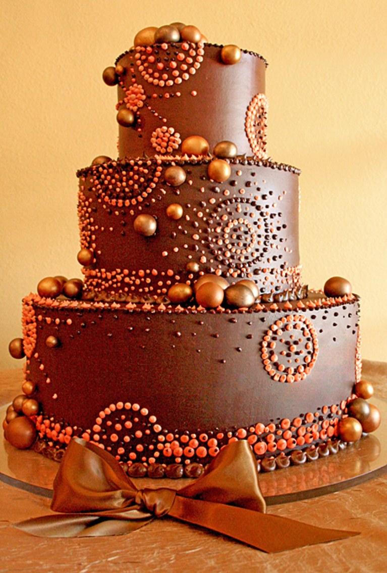 طرز تهیه کیک شکلاتی خوشمزه چند طبقه