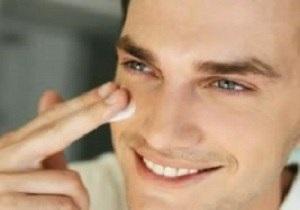 چگونه چربی پوست را کنترل کنیم؟