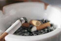 بعد از یک پک زدن به سیگار چه اتفاقی برای بدنتان میافتد؟