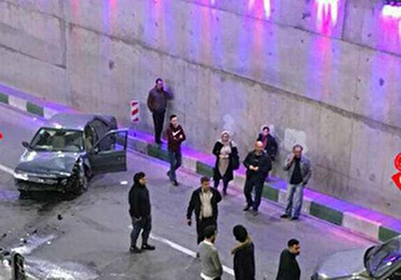 باشگاه خبرنگاران - تصادف شدید دو خودرو در زیرگذر گلشهر و مصدوم شدن ۳ نفر