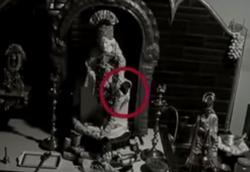 حرکات عجیب مجسمههایی که توسط دوربینهای مداربسته ثبت شد +فیلم