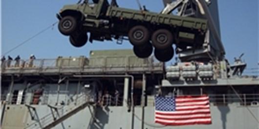 آمریکا تجهیزات نظامی خود را از عراق و سوریه به افغانستان منتقل میکند