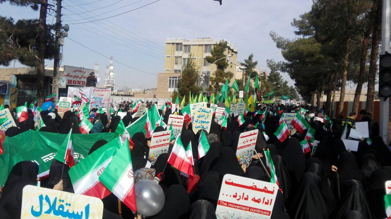 کرمانیها آغاز کردند حماسهای دیگر را در 22 بهمن + تصاویر