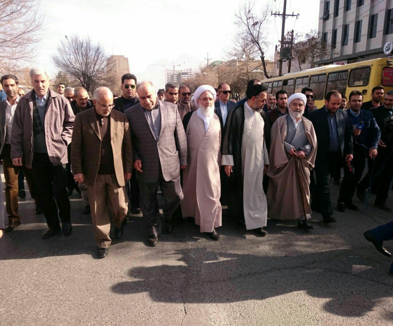 حضور وزیر اطلاعات در راهپیمایی یوم الله 22 بهمن ماه در کرمانشاه