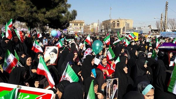 آغاز راهپیمایی پرشکوه ۲۲ بهمن ۹۶ در استان مرکزی