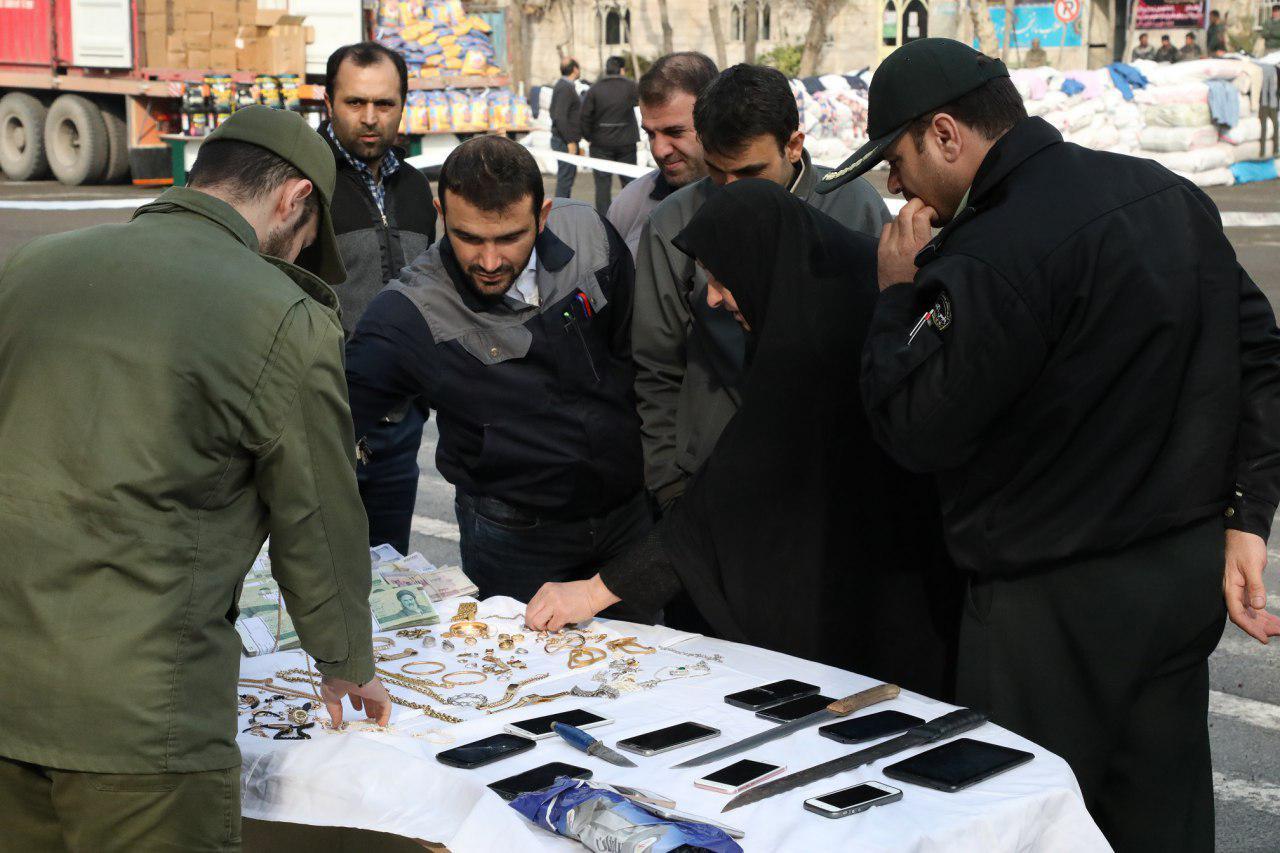 دستگیری 40 سارق به عنف و انهدام 29 باند سرقت/ کشف 60 میلیارد ریالی اموال مسروقه + تصاویر