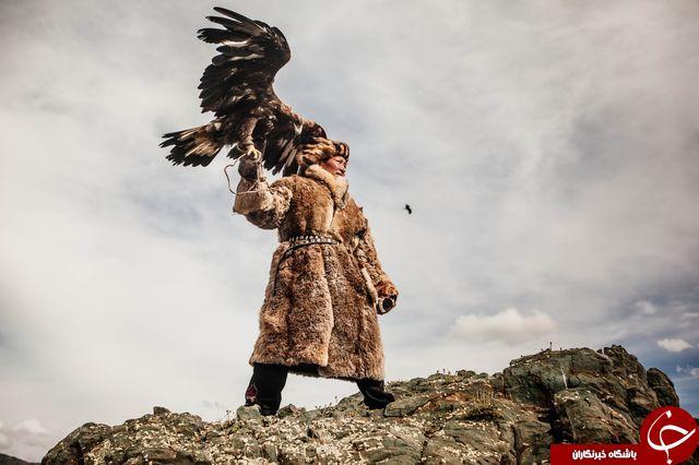 شکار مرد قزاق با عقاب در عکس روز نشنال جئوگرافیک