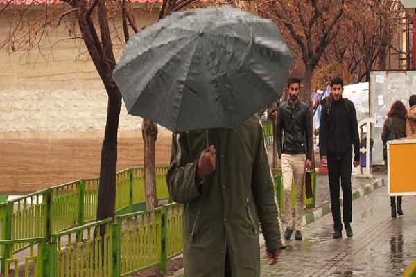 مردم مناطق مختلف آذربایجان شرقی امروز هم شاهد بارش باران بودند