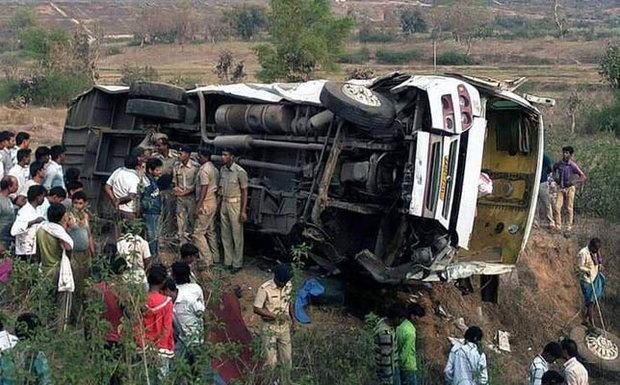 جان باختن ۲۲ دانش آموز در تصادف اتوبوس با کامیون در شمال نیجریه