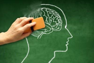 چگونه از پدر یا مادر مبتلا به آلزایمرمان مراقبت کنیم؟