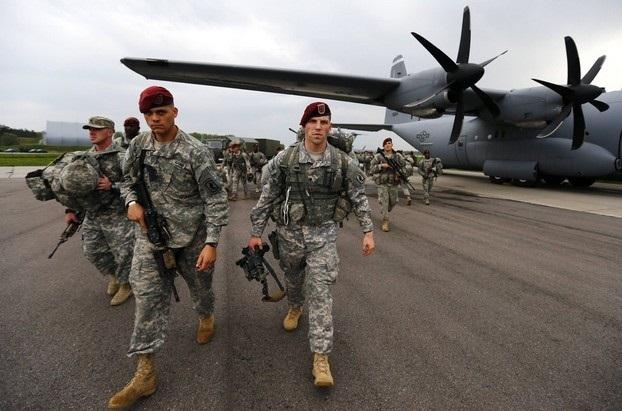 المیادین: داعش در مسیر نابودی است، اما آمریکا برای ادامه حضور در سوریه تلاش میکند
