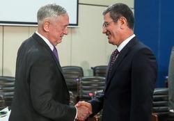 دیدار وزرای دفاع ترکیه و آمریکا در بروکسل