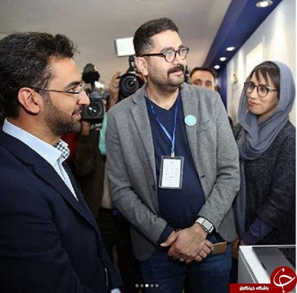 پست آذری جهرمی از حضورش در نمایشگاه وب و موبایل + عکس