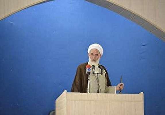 باشگاه خبرنگاران -مسئولان باید از حضور تماشایی مردم در راهپیمایی ۲۲ بهمن تقدیر عملی کنند