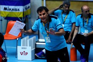 باشگاه خبرنگاران -میرحسینی: بازیکنانم کار بزرگی کردند / تیمی را شکست دادیم که چهار ملیپوش داست