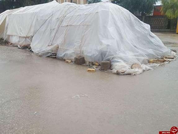 باشگاه خبرنگاران -آبگرفتگی چادرهای زلزله زدگان و وضعیت بحرانی مردم+تصاویر