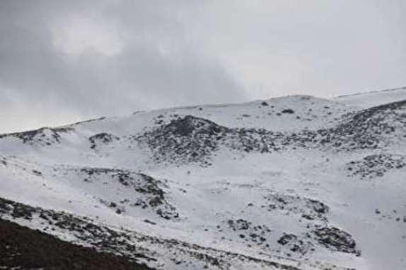باشگاه خبرنگاران -برف در ارتفاعات سالند دزفول به زمین نشست