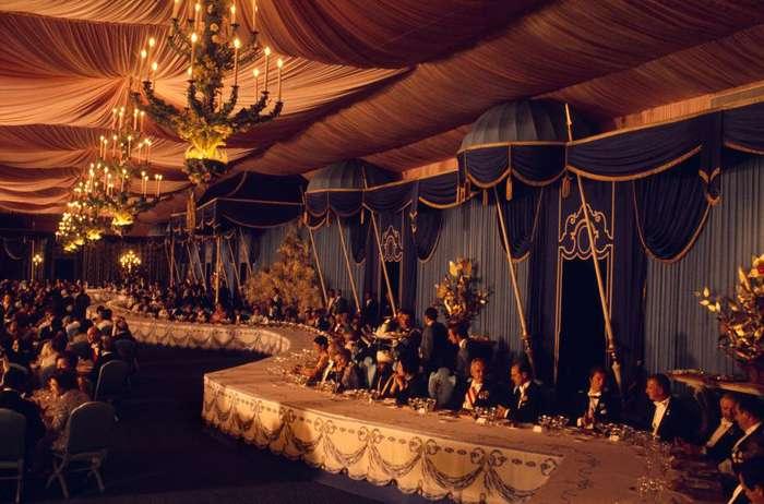 ناشنیدههایی از ریختوپاش تشریفاتی شاه پهلوی در جشنهای ۲۵۰۰ ساله +فیلم
