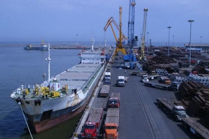 توسعه سواحل مکران آینده اقتصادی کشور را تضمین میکند / 90 درصد از تجارت ایران از طریق دریاست