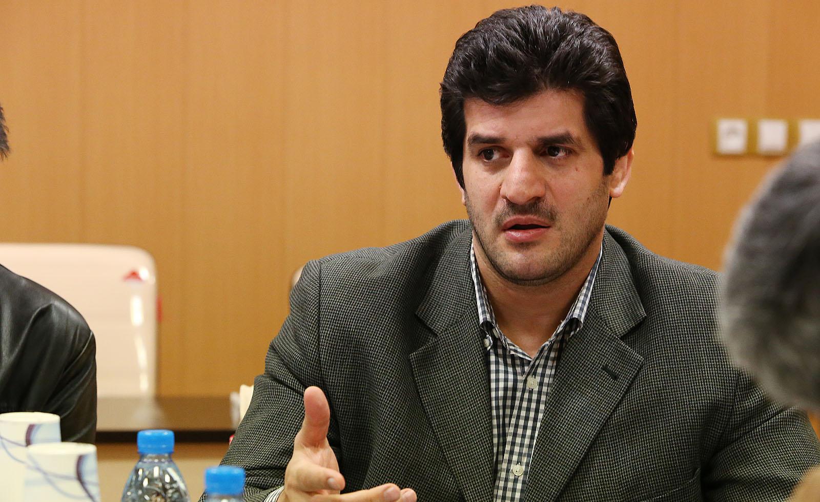 رسول خادم سرمربی تیم ملی کشتی آزاد شد/تغییرات در تیم نوجوانان
