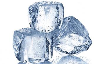 یخ درمانی ماساژ ضد پف صورت