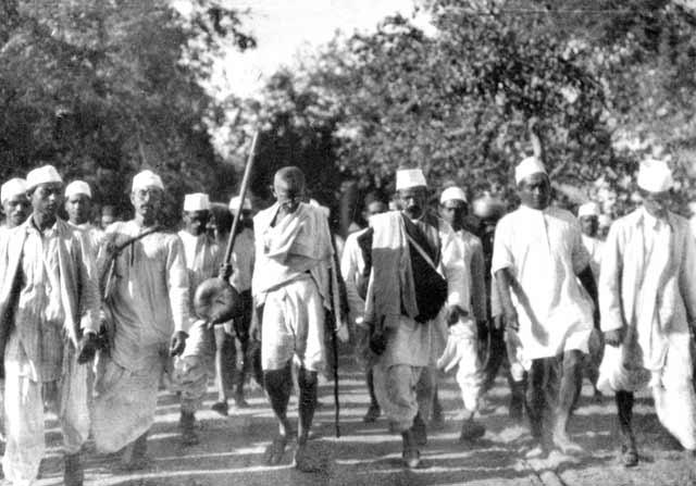 استعمارستیزی یک هندو با الگوگیری از امام حسین(ع)