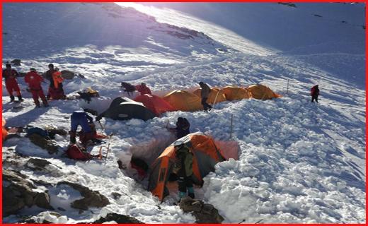 جستجوی اجساد جان باختگان سانحه هوایی تهران - یاسوج در شانزدهمین روز/ اعزام 6 گروه جستجو به ارتفاعات دنا