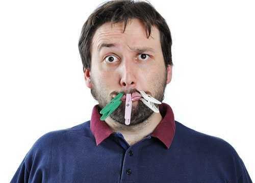 10 دلیل برای داشتن دهانی بد بو