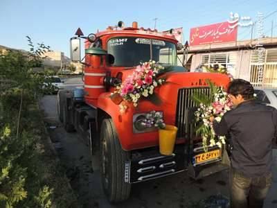 تریلی که ماشین عروس شد+عکس