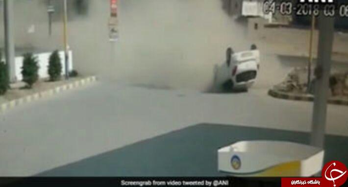 لحظه واژگون شدن  وحشتناک خودرو در خیایان + فیلم/////////////////////