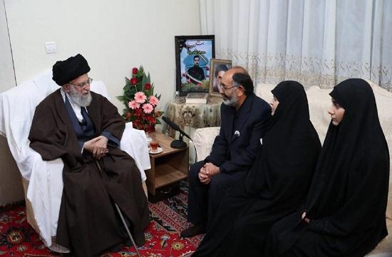 رهبر معظم انقلاب در منزل شهید بایرامی حضور یافتند