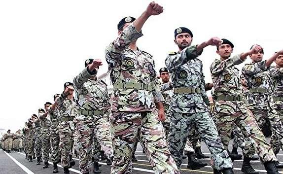 باشگاه خبرنگاران -برگزاری مراسم تجلیل از فرماندهان و پیشکسوتان نیروهای مسلح در ارومیه
