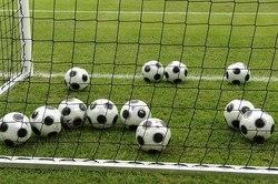 استثناییهای دنیای فوتبال (۱)