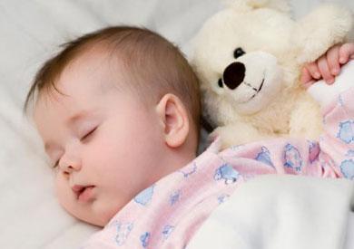 هر آنچه که باید درباره عادات کودکان ۱۸ ماه بدانید