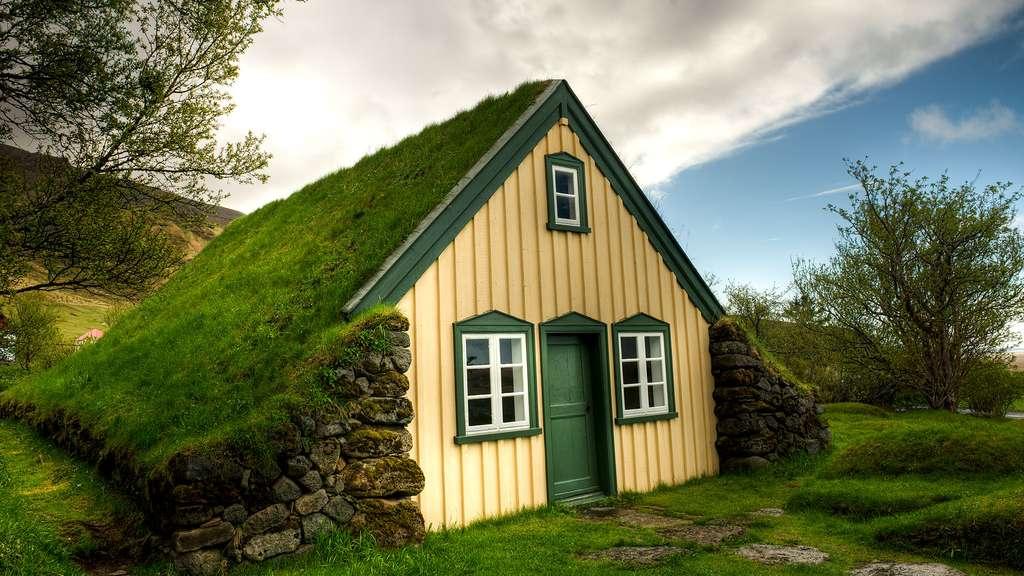 تصویری جالب و دیدنی از یک خانه چهارفصل!