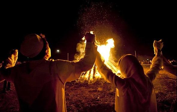 چهارشنبه آخر سال سنت کهن ایرانیان/چهارشنبه سوری بهانهای برای باهم بودن