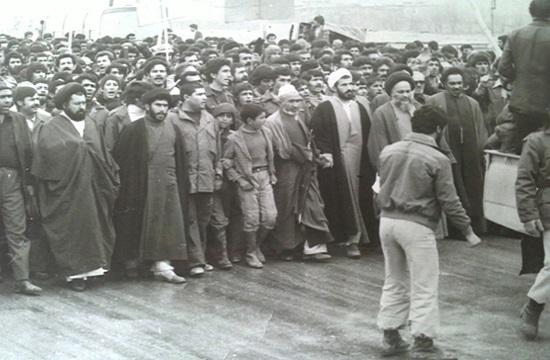 جرقه آشنایی مردم با واقعیت های دردناک رژیم پهلوی/ماجرای مدرسهای که به خاک خون کشیده شد+ تصاویر